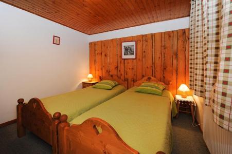 Vacances en montagne Appartement 3 pièces 4-6 personnes - Chalet le Chamois - Les Menuires - Lit simple