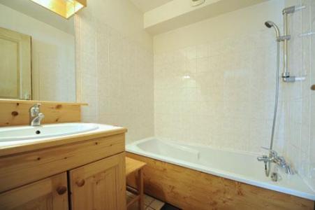 Vacances en montagne Appartement duplex 6 pièces 13 personnes (1) - Chalet le Cristal - Les Menuires - Baignoire