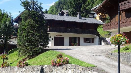 Rent in ski resort Studio sleeping corner 4 people - Chalet le Tétras Lyre - Châtel - Summer outside