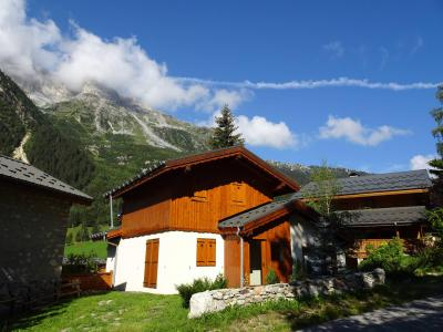 Rent in ski resort Chalet les Gentianes Bleues - Pralognan-la-Vanoise - Summer outside