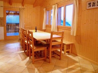Vacances en montagne Chalet Maria - La Tzoumaz - Salle à manger