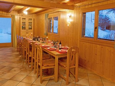 Vacances en montagne Chalet Michelle - La Tzoumaz - Table