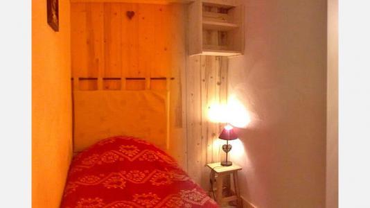 Vacances en montagne Chalet Mil'Ans - Les Menuires - Chambre