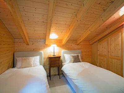 Vacances en montagne Chalet Mountain Star - Thyon - Chambre mansardée