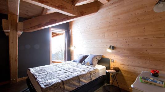 Vacances en montagne Chalet Nuance de Bleu - Alpe d'Huez - Chambre mansardée
