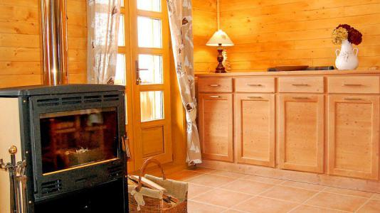 Holiday in mountain resort Chalet Paulo - Saint Martin de Belleville - Fireplace