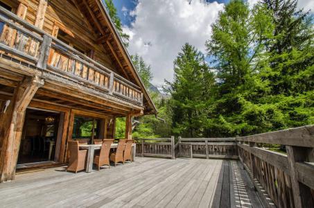 Location au ski Chalet Peyrlaz - Chamonix - Extérieur été