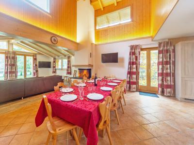 Vacances en montagne Chalet Pierina - La Tzoumaz - Table