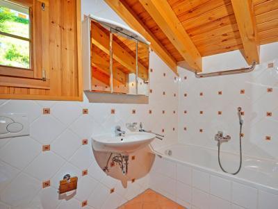 Vacances en montagne Chalet Quatre Vallées - La Tzoumaz - Salle de bains