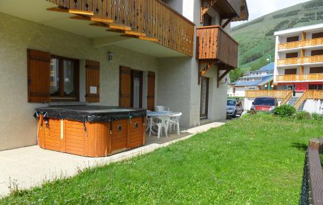 Rent in ski resort Chalet Sabot de Vénus - Les 2 Alpes - Summer outside