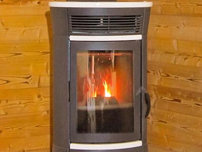 Holiday in mountain resort Chalet Ski Royal - Les Menuires - Stove