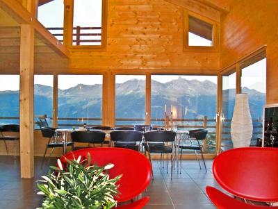 Vacances en montagne Chalet Sur Piste - Thyon - Table