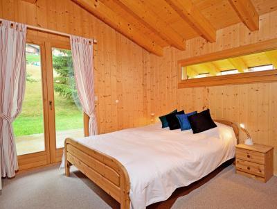 Vacances en montagne Chalet Tanya - La Tzoumaz - Chambre mansardée