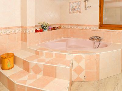 Holiday in mountain resort Chalet Villaroger - Les Arcs - Bath-tub