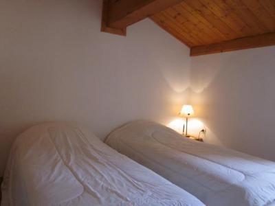 Vacances en montagne Chalet 5 pièces 8 personnes (3) - Chalets des Alpages - La Plagne - Chambre mansardée