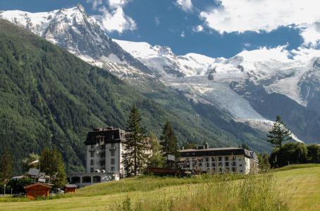 Rent in ski resort Folie Douce Hôtel - Chamonix - Summer outside