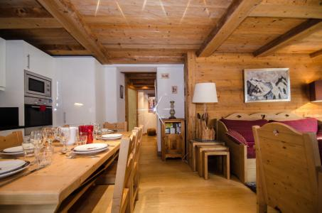 Holiday in mountain resort 3 room apartment 6 people - Hameau de la Blaitiere - Chamonix - Living room