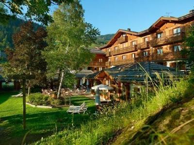 Location au ski Hotel Beauregard - La Clusaz - Extérieur été