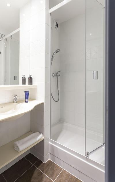 Holiday in mountain resort Hôtel Club MMV les Arolles - Val Thorens - Shower room