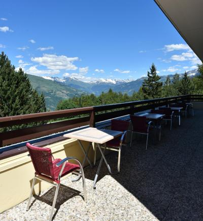 Holiday in mountain resort Hôtel Club MMV les Sittelles - Montalbert - Summer outside
