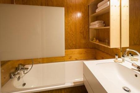Holiday in mountain resort Hôtel du Bourg - Valmorel - Bathroom