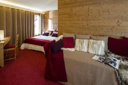 Holiday in mountain resort Quadruple bedroom (2 people) - Hôtel du Bourg - Valmorel - Extra bed 1 person