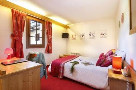 Holiday in mountain resort Standard Bedroom (1 or 2 persons) - Hôtel du Bourg - Valmorel - Bedroom
