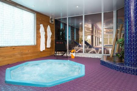 Vacances en montagne Hôtel Ibiza - Les 2 Alpes - Jacuzzi
