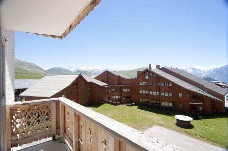 Location au ski Hotel Le Christina - Alpe d'Huez - Extérieur été