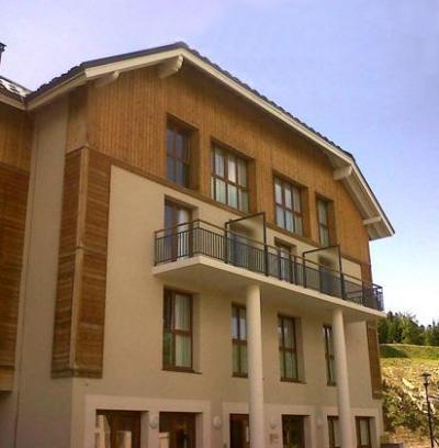 Location au ski Hotel Les Balcons D'aix - La Féclaz - Extérieur été