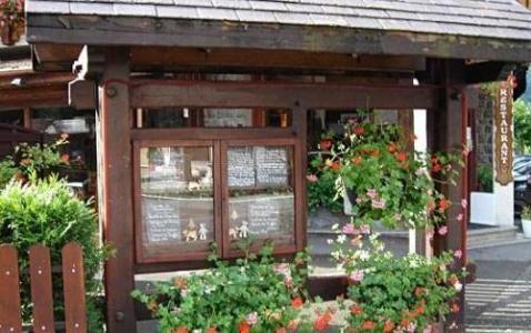 Location au ski Hotel Les Glaciers - Samoëns - Extérieur été