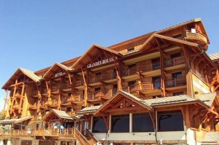Location au ski Hotel Les Grandes Rousses - Alpe d'Huez - Extérieur été