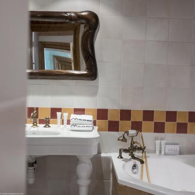 Vacances en montagne Hôtel les Suites du Montana - Tignes - Salle de bains