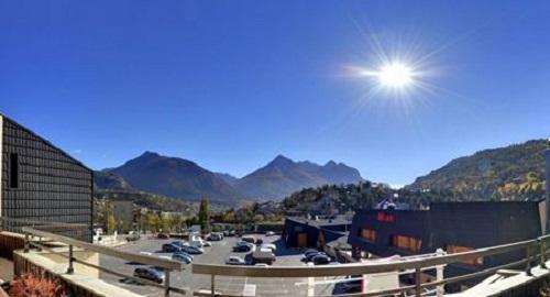 Vacances en montagne Hôtel Suite Home Briançon - Serre Chevalier - Extérieur été