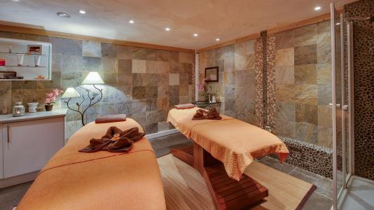 Vacances en montagne L'Orée des Cimes - Peisey-Vallandry - Massage