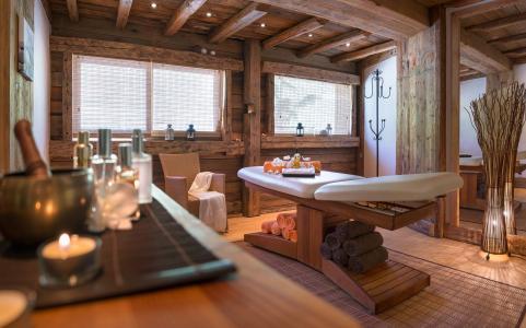 Vacances en montagne La Ferme du Val Claret - Tignes - Massage