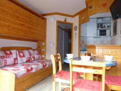 Holiday in mountain resort Studio 4 people (A2M38) - La Résidence Aime 2000 Chamois - La Plagne - Bed-settee