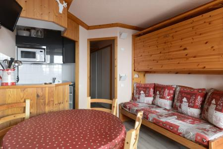 Holiday in mountain resort Studio 4 people (A2N138) - La Résidence Aime 2000 Chamois - La Plagne - Pull-out sofa