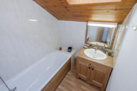 Vacances en montagne Appartement duplex 5 pièces 10 personnes - La Résidence Hameau des Ecrins - Puy-Saint-Vincent - Salle de bains