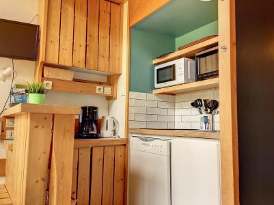 Holiday in mountain resort Studio mezzanine 4 people (335) - La Résidence l'Archeboc - Les Arcs - Sofa-bed