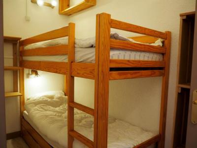 Vacances en montagne Appartement 2 pièces cabine 5 personnes (020) - La Résidence la Chavière - Les Menuires - Lits superposés
