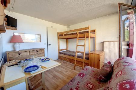 Holiday in mountain resort Studio 3 people (633) - La Résidence la Chavière - Les Menuires - Accommodation