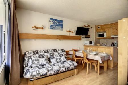Holiday in mountain resort Studio 4 people (319) - La Résidence la Chavière - Les Menuires - Accommodation