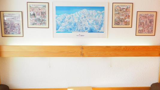 Holiday in mountain resort Studio 4 people (515) - La Résidence la Chavière - Les Menuires - Accommodation