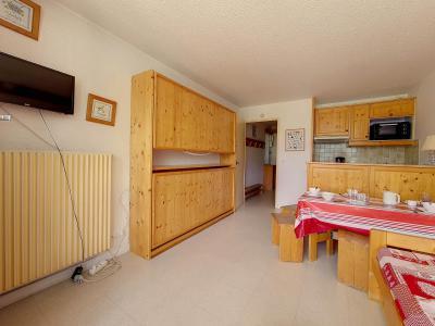 Holiday in mountain resort Studio 4 people (616) - La Résidence la Chavière - Les Menuires - Living room