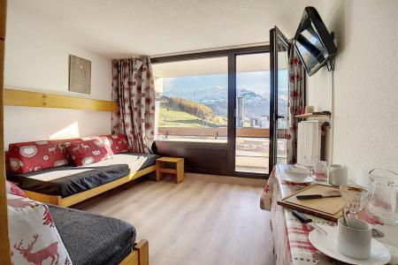 Holiday in mountain resort Studio 4 people (718) - La Résidence la Chavière - Les Menuires - Living room