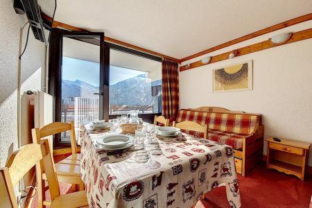 Holiday in mountain resort Studio 4 people (719) - La Résidence la Chavière - Les Menuires - Dining area