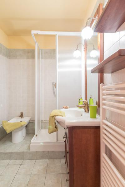 Holiday in mountain resort 2 room apartment sleeping corner 6 people (CHIESA) - La Résidence la Loubatière - Montgenèvre