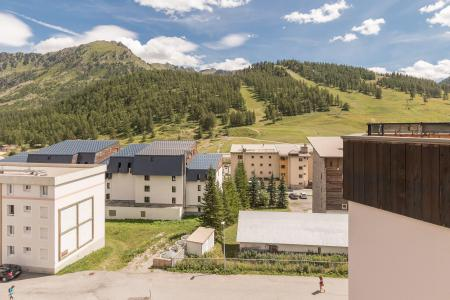 Holiday in mountain resort Studio 2 people (LAVATE) - La Résidence la Loubatière - Montgenèvre - Summer outside