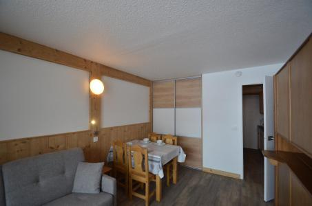 Holiday in mountain resort Studio 4 people (110) - La Résidence Lac du Lou - Les Menuires